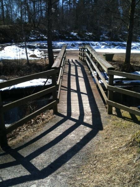 Bron över Helge ån i Hallaryd inför upploppet, ligger idag öde!
