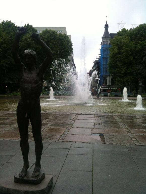 Staty vid Karl Johan