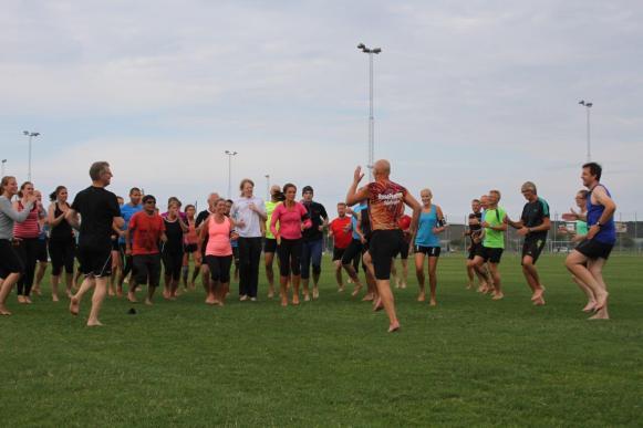 Barfota löpning med högt löpsteg, foto Jonte Lind.