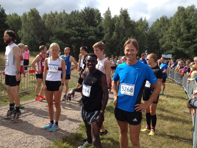 Inför start på 10 kilometer: Madeleine, Zachariah, Oskar och Mikael Broms!