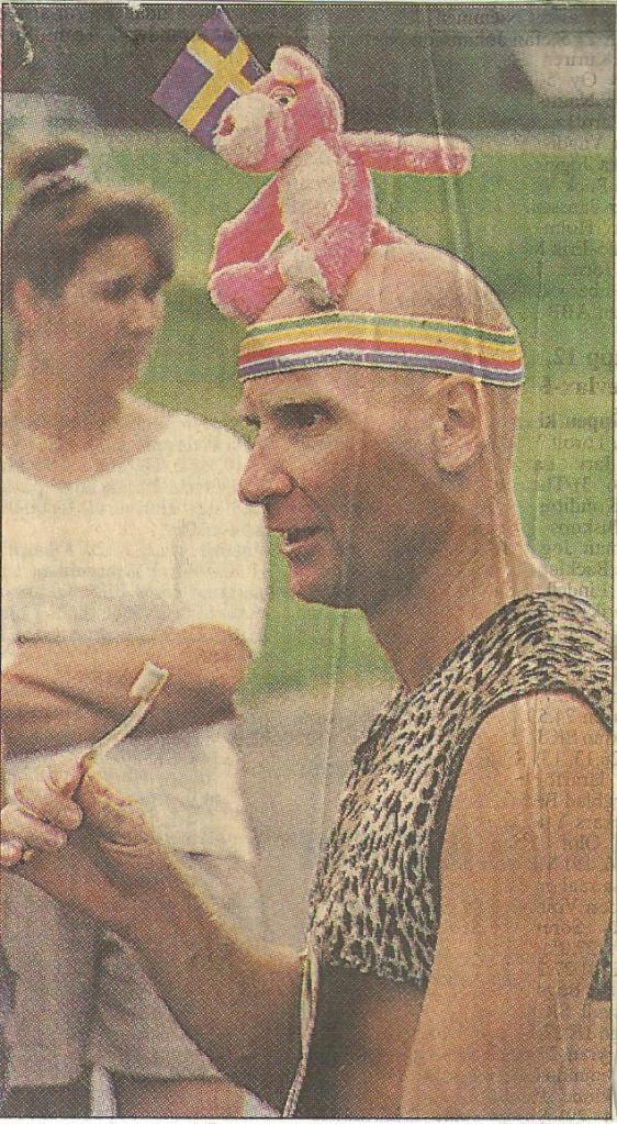 I Sport Spegel blev det mycket tandborstning! Okänd tidning.