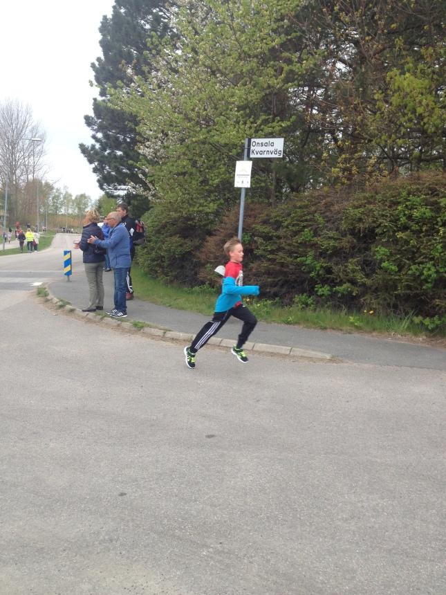 Kolla in löpsteget på snabbaste på en kilometern!