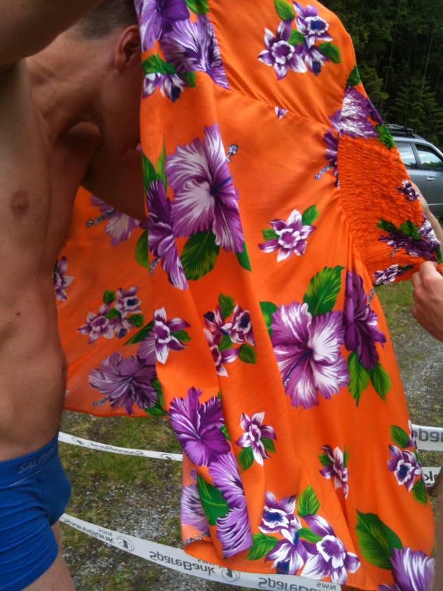 Pris för snyggaste klänning går till .....